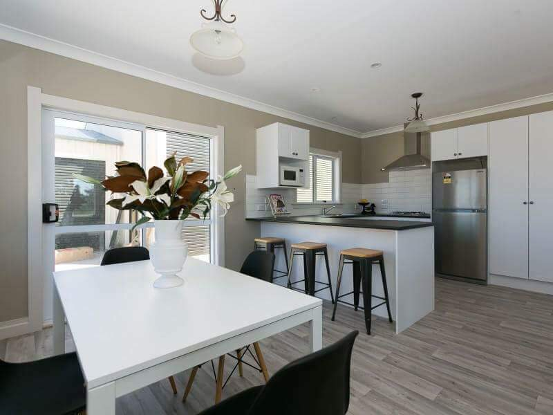Standard kitchen inclusions on prefab home